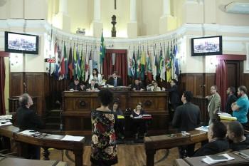 Câmara sessão plenária 28-06-2018 crédito Sergio Gomes