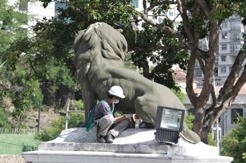 Restauração nas Estatuas da Câmara Foto Sergio Gomes 20-02-2019 (23)